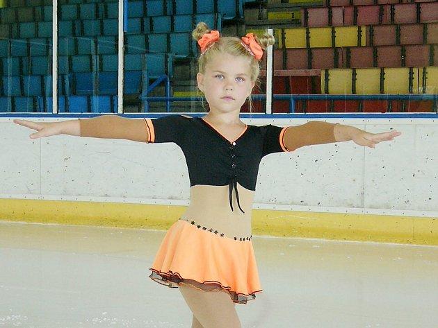 Stříbrnou medaili pro domácí klub získala Karolína Kostelníková.