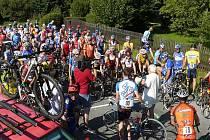 Železného draka, který byl sedmým kolem Slezského poháru amatérských cyklistů, se ve Vrbně pod Pradědem postavilo 158 závodníků.