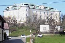 Zámek v Bílovci, březen 2008. Ilustrační foto.
