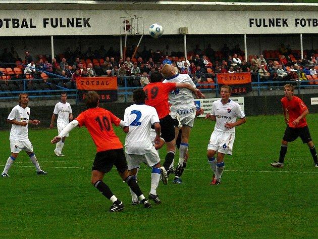 Fotbalisté Fulneku hostili v 6. kole Moravskoslezské fotbalové ligy Baník Ostrava B. Hosté rozhodli utkání čtyřmi brankami ve druhé půli.