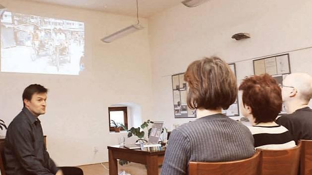 Radomír Špinka (vlevo) představil program Adry BangBaby.