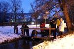 Pouštění lodiček v Zámeckém parku v Odrách se uskutečnilo již potřetí.