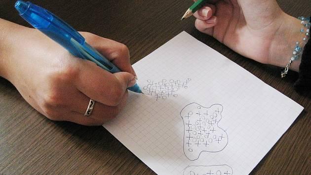 Piškvorky jsou oblíbenou vědomostní a postřehovou hrou pro všechny generace.