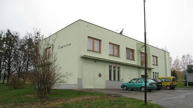 Obecní úřad v Ženklavě.