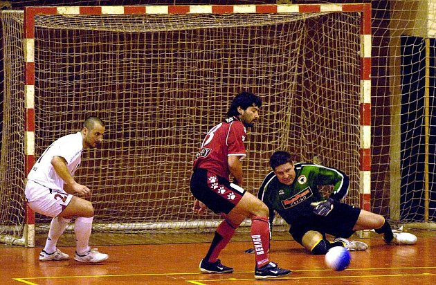 Do čela tabulky Frensport 1. okresní třídy futsalu Novojičínska a Frýdecko-Místecka 07/08 se dostal Deadlock Nový Jičín, před HI-TEC Bílovec a Orel Štramberk.