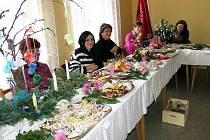 Výstava vánočního cukroví a vánočních dekorací v Heřmánkách.