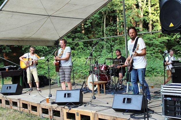 Na festivalu Paseka, který se uskutečnil v Trojanovicích v areálu Lesní školky na pasece, se dobře bavili malí i velcí.
