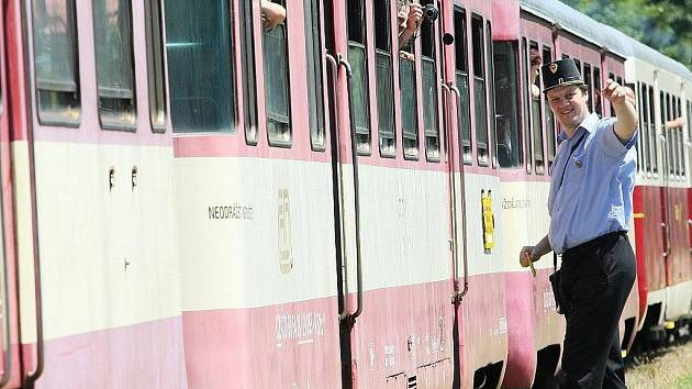 Vlak motorákLAK  už třeba příští rok z Fulneku do Suchdolu nad Odrou nebude jezdit. Ilustrační foto.