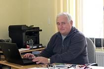 Funkcionář Miloš Holík zastává funkci předsedy sportovně-technické komise OFS Nový Jičín už třináctým rokem.