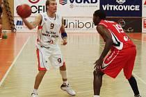 Basketbalový klub Nový Jičín v těchto dnech pořádá Kontext Cup. Dnes udělá za turnajem definitivní tečku utkání Nový Jičín - Pardubice.