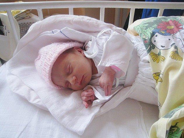 Veronika Brisudová, nar. 26. 11. 2010, 44 cm, 2, 40 kg, Kunín, nemocnice Nový Jičín.