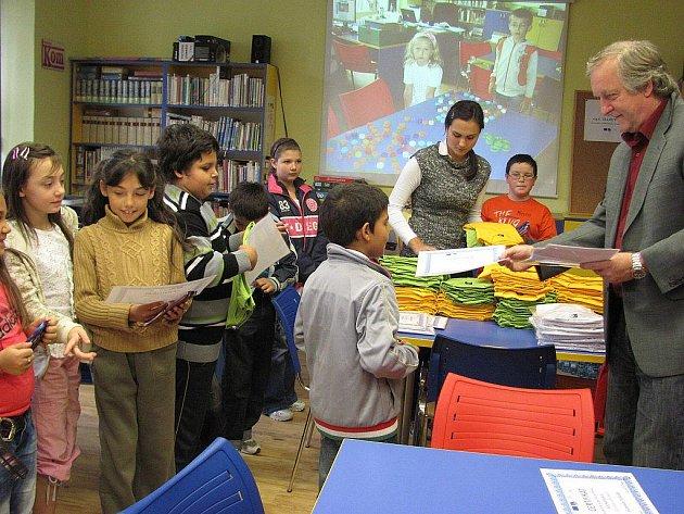 Ukončení projektu znamenalo pro děti ocenění nejpilnějších z nich.