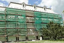 OPRAVA v knihovně se týká zejména fasády.