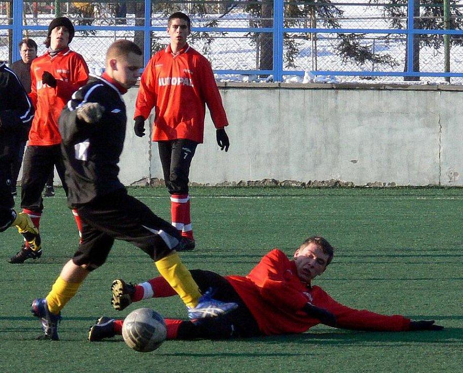Fotbalisté divizní TJ Nový Jičín remizovali s účastníkem krajského přeboru KFS Zlín, Velkými Karlovicemi.