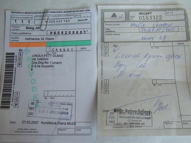 Někteří lidé zaměňují průvodku k receptu (vlevo) s klasickým receptem (vpravo). Průvodka však platí pouze v areálu nemocnice.