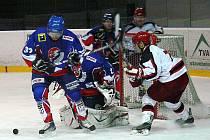 Snímky z utkání HC Gedos Nový Jičín - LHK Jestřábi Prostějov 3:2 .