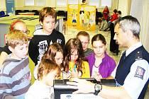 Děti se v projektu seznámí s nebezpečím návykových látek.