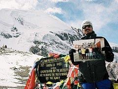 Družstvo SDH Libhošť se dostalo i do Nepálu na vrchol hory ve výšce 5 416 metrů nad mořem.