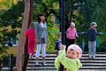 V pátek 7. září byly ve dvou školkách v Novém Jičíně slavnostně otevřeny nové zahrady, kde najdou děti zábvné a zároveň bezpečné herní prvky.