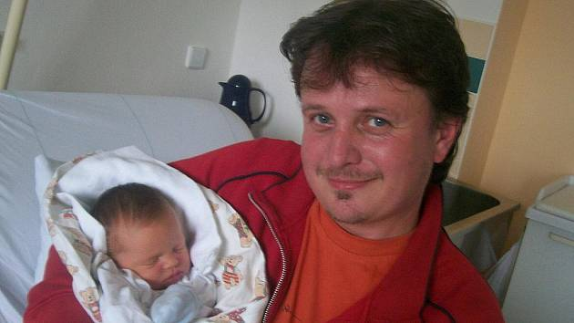 Veronika Parmová, Frenštát pod Radhoštěm, nar. 16. 9. 2011, 51 cm, 3,70 kg, nemocnice Frýdek-Místek.