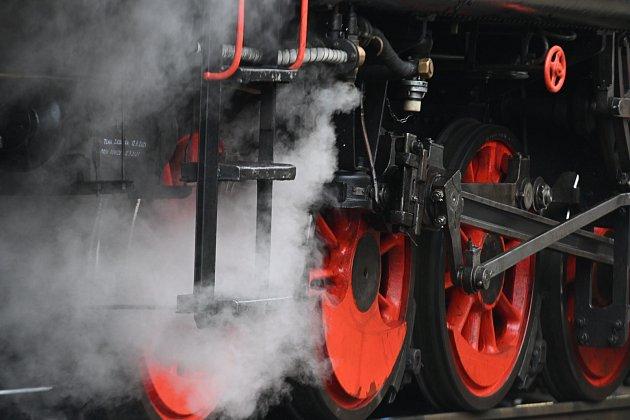 Parní lokomotiva 423.041přijela vpátek 23.dubna zValašského Meziříčí do Frenštátu pod Radhoštěm.