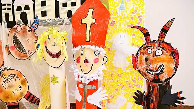Výstavka dětských prací ve foyer Domu kultury ve Frenštátě pod Radhoštěm bude k vidění do 18. prosince.
