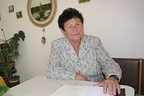 Božena Šimurdová je příjemná a veselá žena. Málokdo by tipoval, že je již pětatřicet let smuteční řečnicí.
