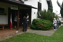Volební místnost okrsku číslo 1 ve Frenštátě pod Radhoštěm je již několik let v Turistické chalupě v ulici Závodí.