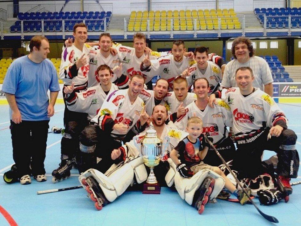IHC Nový Jičín se stal suverénním vítězem 1. ligy, divize východ, a už o tomto víkendu ho čeká boj o extraligu.