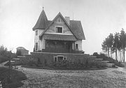 Sto dvacet let své existence si v neděli připomene hvězdárna v Ondřejově na Praze-východ. Na snímku pracovna postavená v roce 1905