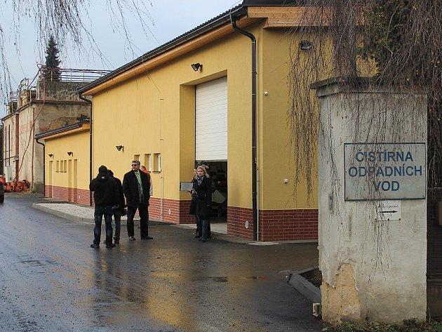 Provoz studénecké čistírny byl spuštěn před 14 dny. Čistička, na kterou město, zvláště pak jeho část Studénka 1, dlouho čekalo, bude rok ve zkušebním provozu.