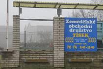 Záměr zemědělského družstva postavit v Tísku bioplynovou stanici vyvolal u některých občanů vlnu nevole. Sepsali proti tomu petici.