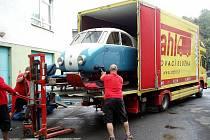 Ve středu 21. září opustil Technické muzeum Tatra Kopřivnice jeden z nejzajímavějších exponátů. Vzácné aerodynamické saně byly odvezeny na výstavu v Národním muzeu v Praze.