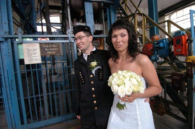 Michal a Kateřina Hruškovi z Příbora na Novojičínsku měli opravdu netradiční svatbu.