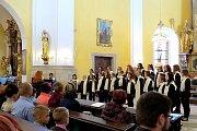 Půlstoletí oslavil novojičínský pěvecký sbor Ondrášek trojkoncertem.