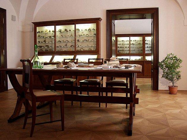 Kabinet přírodnin v kunínském zámku.