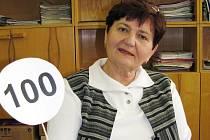 Ladislavu Hradskou učení dodnes baví. Na škole Butovické ve Studénce, která oslavila stoleté výročí, vyučuje zejména anglický jazyk, ale i ostatní předměty.