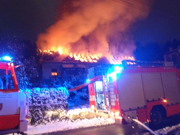Při požáru stodoly v Žilině přišli její majitelé nejen o uskladněný majetek, ale také několik domácích zvířat.