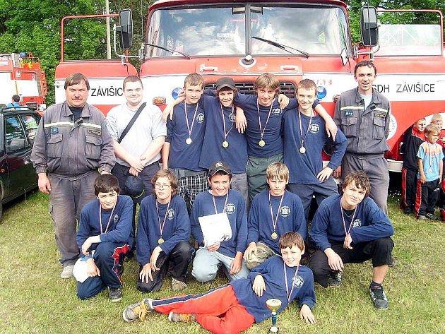 Mladí hasiči Závišic úspěšně reprezentovali také na soutěži Plamen 2008.