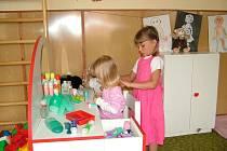 Záměr odprodat budovu bývalé mateřské školy v Lukavci, místní části Fulneku odsouhlasili na svém zasedání fulnečtí zastupitelé. Děti z Lukavce se nové školky už asi nedočkají.