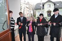 SLAVNOSTNÍHO otevření objektu se zúčastnili také zástupci vedení města Frenštát pod Radhoštěm.