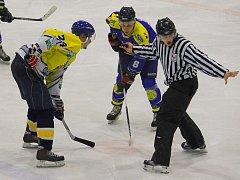 Snímky z utkání HC Studénka - HK Krnov 1:3 (0:1, 1:1, 0:1).