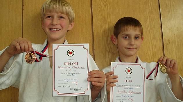 Závišičtí medailisté: zleva Mikuláš Plánka a Radek Rýpar.