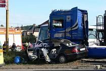 Vážným zraněním spolujezdkyně skončila dopravní nehoda tří vozidel, která se stala v září roku 2008 ve Fulneku na křižovatce silnic Opavská a Bílovecká.