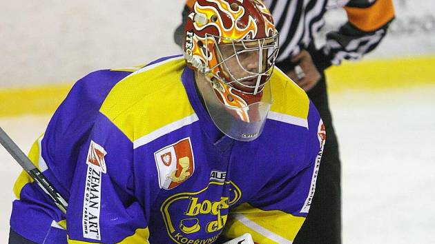 Základním pilířem sestavy hokejistů Kopřivnice v krajském přeboru je brankář Martin Chlad.