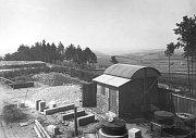Sto dvacet let své existence si v neděli připomene hvězdárna v Ondřejově na Praze-východ. Na snímku první pozorovací domek – 1906