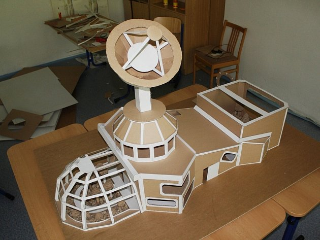 Výtvor jménem Fredy. Představa domu na Marsu se zhmotnila pod rukama studentů kopřivnické průmyslovky.