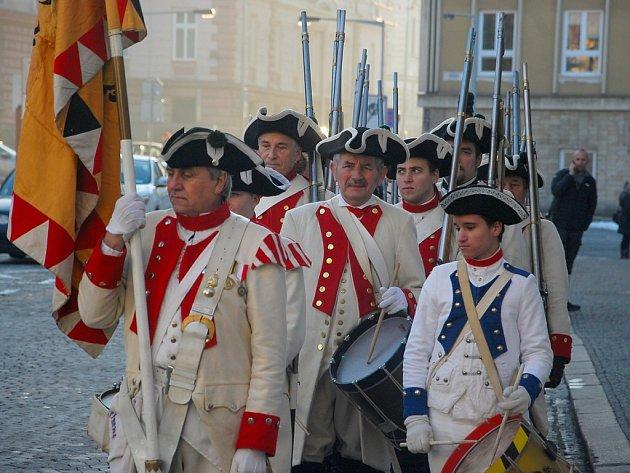 Přehlídka vojensko-historických jednotek členů klubů vojenské historie v Novém Jičíně.