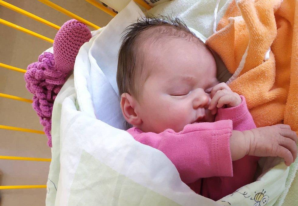 Elizabeth Pomklová, 10.11. 49cm 3490g Starý Jičín – Dub, Nemocnice Nový Jičín