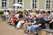 Víkend otevřených zahrad uspořádali v Příboře. V sobotu 8. června i v neděli byl v piaristické zahradě zajímavý program.